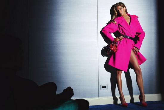 Gisele Bunchen x Versace 's Fall/Winter 2009-2010